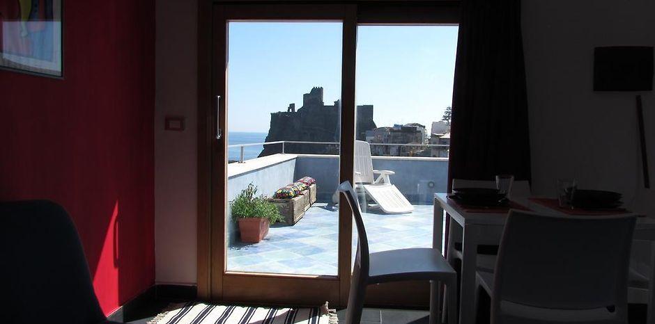 LA TERRAZZA SUL MARE BED & BREAKFAST ACI CASTELLO - Aci Castello ...